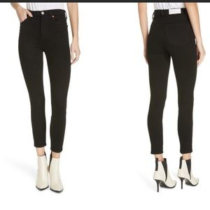 RE/DONE originals ankle crop high rise in black!